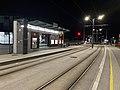Straßenbahnhaltestelle Schloss Traun.jpg
