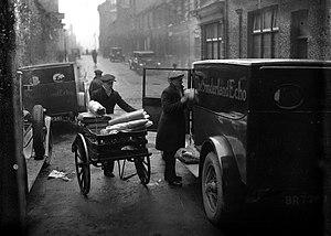 Sunderland Echo - Echo newspapers being loaded into vans at the Bridge Street printing works