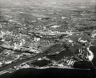 Hendon, Sunderland - Image: Sunderland South Docks June 1969