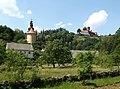 Svojanov, kostel a hrad.jpg