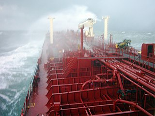 Tanker 17 diciembre 2005 in the Atlantic.jpg
