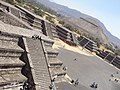 Teotihuacan visto desde la Pirámide de la Luna 1.jpg
