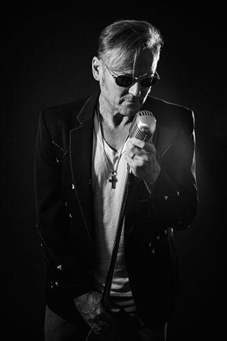 McBride & the Ride - Lead singer Terry McBride.