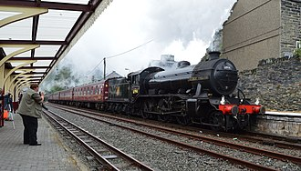 LNER Gresley K4 61994 The Great Marquess - Image: The Great Marquess arriving in Blaenau