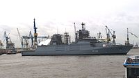 The frigate F222 Baden-Württemberg will be dragged into the dock 17 of the B & V shipyard.jpg