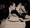 Tony Curtis and Janet Leigh kissing, 1954.jpg