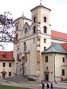 Tyniec - Opactwo - Front kościoła.JPG