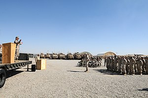 US Navy 120213-N-UH337-024 Commanding general of 2nd Marine Logistics Group congratulates Seabees.jpg