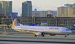 United Airlines Boeing 737-924-ER N39415 (cn 32826-2516) (5503895790).jpg