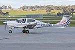 University of New South Wales (VH-UNU) Diamond Star DA-40 at Wagga Wagga Airport (1).jpg