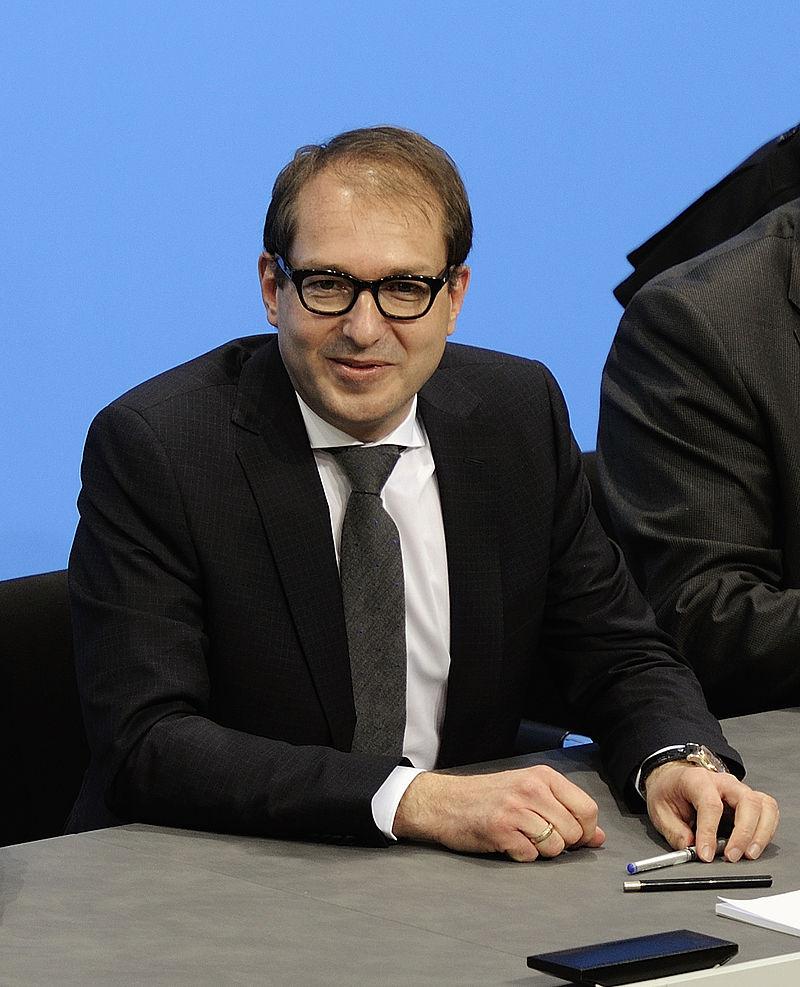 Unterzeichnung des Koalitionsvertrages der 18. Wahlperiode des Bundestages (Martin Rulsch) 104.jpg