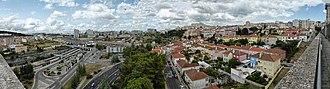 Campolide - Image: Vale de Campolide visto do Aqueduto das Águas Livres 2014 07 19