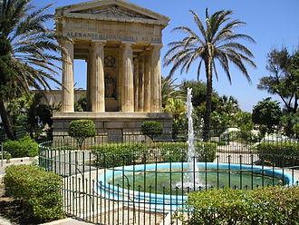 Alexander Ball - Monument to Sir Alexander Ball in the Lower Barrakka Gardens