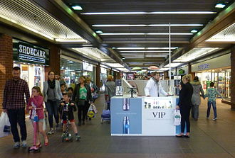 Electronic cigarette - Vaping stand, London shopping centre.