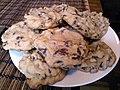 Very chocolate chip-filled cookies (10483478504).jpg