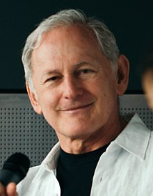Victor Garber at MCM London 2017 (cropped).jpg