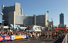 Vienna 2013-04-14 Vienna City Marathon - top athletes approaching starting line.jpg