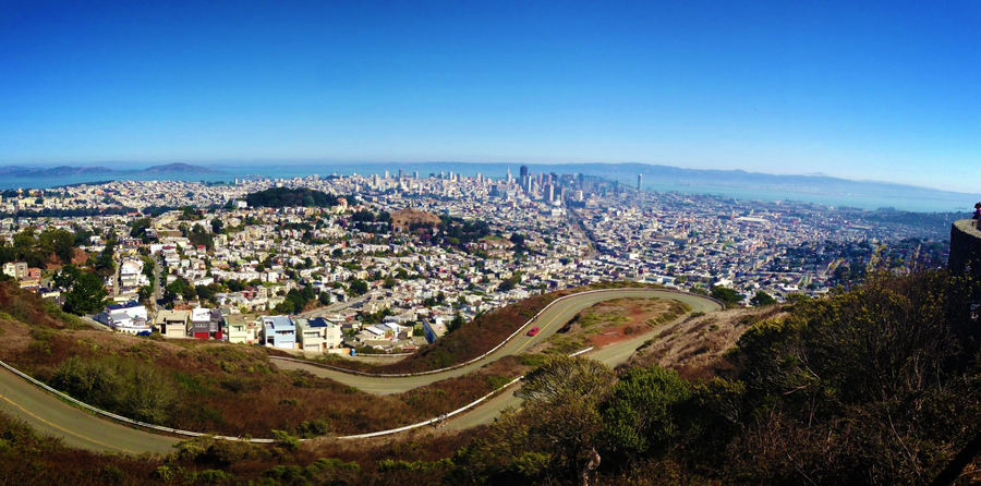View of San Francisco from the top of the Twin Peaks