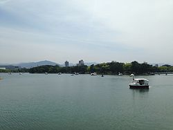 View of islands in Lake Ohori 20140506.JPG