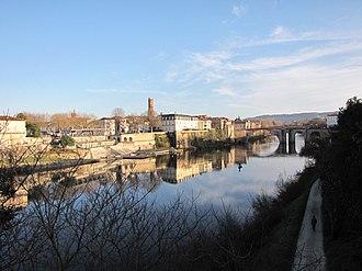 Lot-et-Garonne - Image: Villeneuve sur Lot
