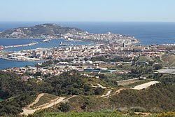 Vista de Ceuta y la península de Almina desde el mirador de Isabel II.jpg