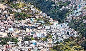 Vista de Quito desde El Panecillo, Ecuador, 2015-07-22, DD 41