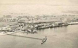 Walvis Bay en 1910. Ce port de la Côte des Squelettes demeura possession britannique enclavée dans la colonie allemande du   Südwest Afrika