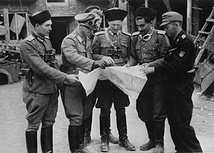 Ochota massacre - Senior officers from the Russian National Liberation Army (RONA) hold a briefing during the Warsaw Uprising
