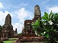 Wat Chaiwattanaram - Ayutthaya - Thailand - 13 (34131879553).jpg