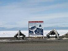 O Casulo dos Imortais. 220px-Welcome_to_Barrow%2C_Alaska
