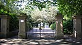 Worthington Park gates - panoramio.jpg