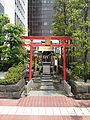 Yūraku-Inari-jinja.JPG