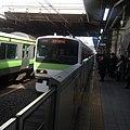 Yamanote line pulling into Akihabara - Tokyo - March 6 2018.jpg
