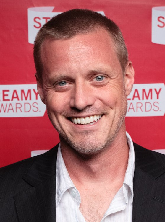 Ze Frank at the 2010 Streamy Awards (cropped)