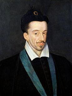 Henri III    Portrait par François Quesnel (vers 1588) Marqué par les malheurs de son temps, le roi adopte une vie austère et consacrée à la prière