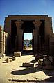 Ägypten 1999 (032) Assuan- Hathortempel, Philae (26450733543).jpg