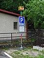 Špania Dolina, stanovište taxíkov.jpg