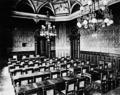 Žižkovská radnice, zasedací síň (foto 1891).png