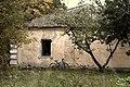 Бывший хозяйственный корпус некогда богатой усадьбы (село Подъячево, МО)).jpg