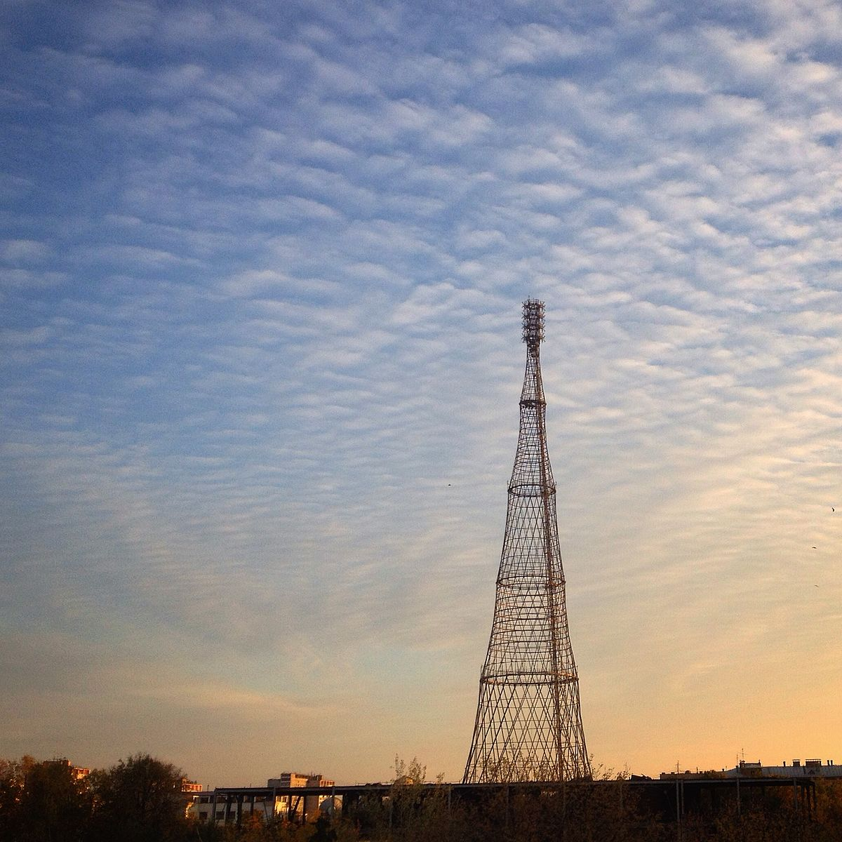 Водонапорная башня с точки зрения физики