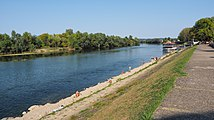 Река Уна код Козарске Дубице (Una river at Kozarska Dubica, Republika Srpska).jpg