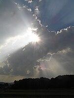 レンブラント光線ー雲間から落ちる光芒8190061.jpg