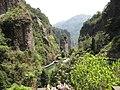 小龙湫顶 - On the Top of Xiaolongqiu Waterfall - 2010.04 - panoramio.jpg