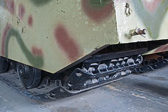 "Panzer VIII Maus - The ""contact-shoe"" and ""connector-link"" track design of the Maus' suspension system"