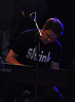 13-04-27 Groezrock Joey Cape's Bad Loud keys 01.jpg