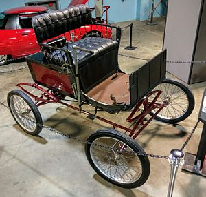 Locomobile Company of America - 1900 Locomobile steam car