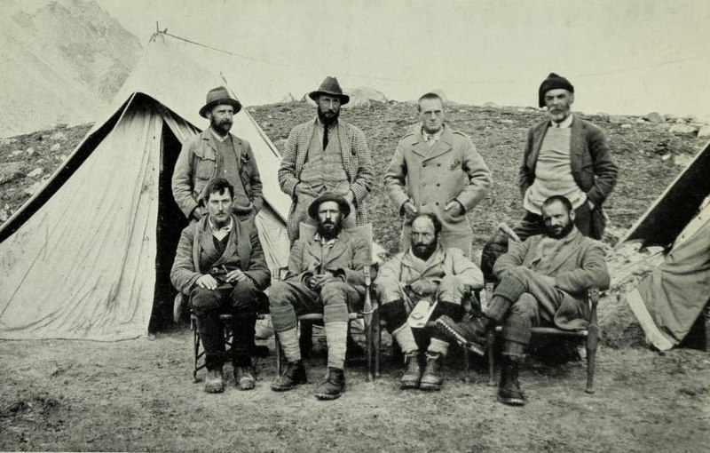 File:1921 Mount Everest expedition members (cropped).jpg