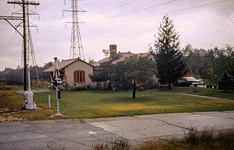 Arthur U. Gerber - Image: 19671008 25 South Shore Line Lake Shore Station (13914297279)