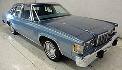 1980 Mercury Marquis sedan.jpg