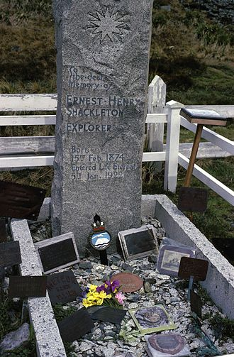 Shackleton–Rowett Expedition - The grave of Sir Ernest Shackleton